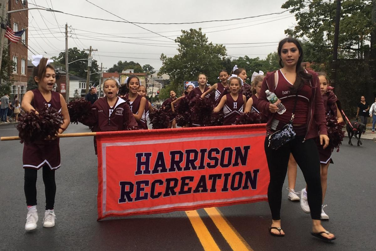 It's Great To Live In Harrison Parade - 2017  Recreation Cheerleaders